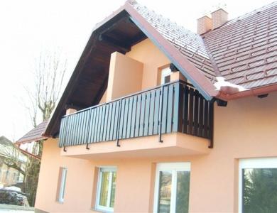 Balkon Suhadole druga stran detajl