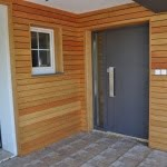 Lesena fasada Sredisce ob Dravi vrata