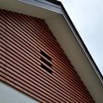 Lesena fasada Zelezniki zgoraj