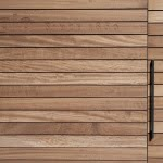 Lesena fasada izdelana iz Iroka detajl