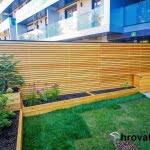 lesena stena in gredice