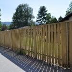 Lesena ograja Radovljica z desne