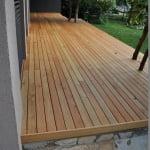 Lesena terasa Pirnice od zadaj