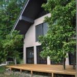 Lesena terasa Pirnice z desne
