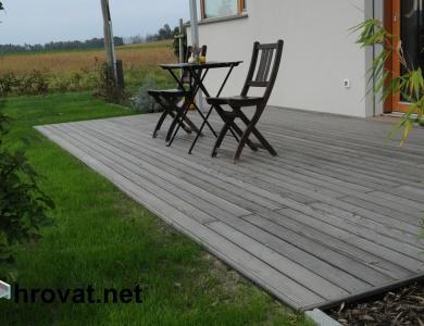 Lesena terasa vodice