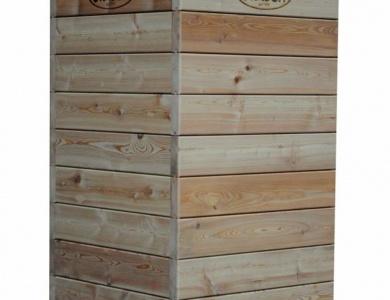 Lesene visoke grede za promocijo zadaj