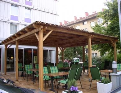 Pergola Ljubljana dalec