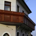 Profiliranje lesa na balkonski ograji