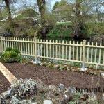 lesena ograja markovec vrt