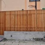 lesena ograja vizmarje spredaj