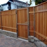 lesena ograja vizmarje vrata