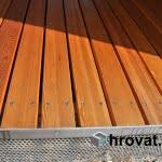 lesena terasa jarse od blizu