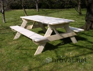 lesena vrtna garnitura piknik