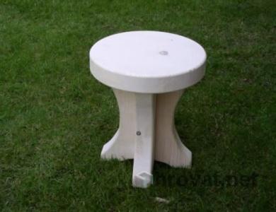 leseni stol jurček